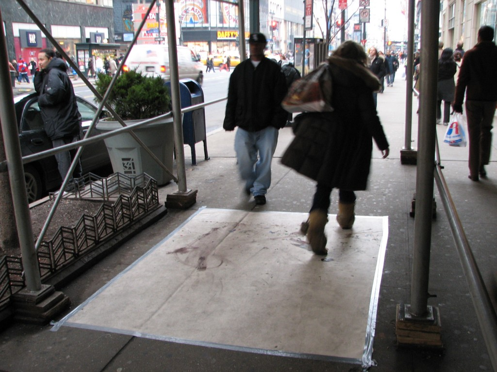 STREET ART CLAUDIO AREZZO DI TRIFILETTI IMPRINTS NEW YORK 2007