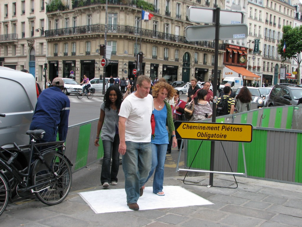 STREET ART CLAUDIO AREZZO DI TRIFILETTI 2009 IMPRINTS PARIS